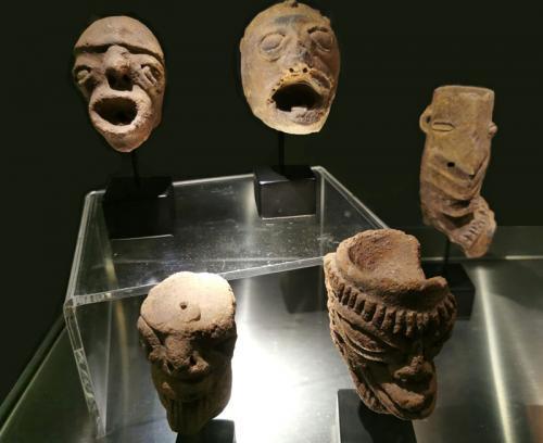 Figurillas funerarias antropomorfas