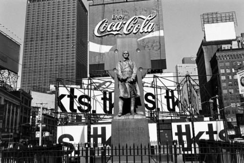 El padre Duffy, Times Square, 1974