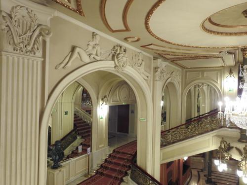 Detalles de la escalera imperial