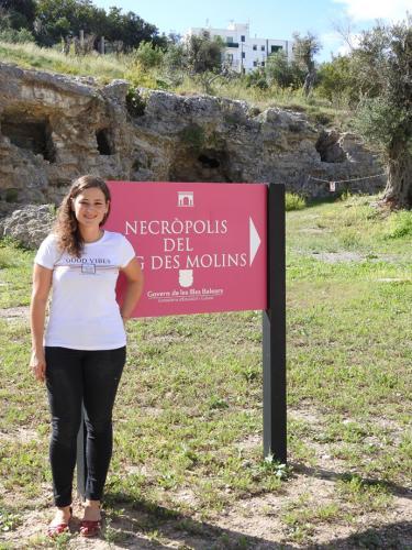 María Bofill, conservadora del Museu Monogràfic del Puig des Molins