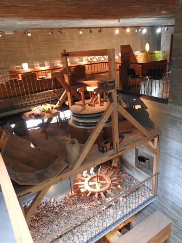 Reproducción de molino harinero a escala natural