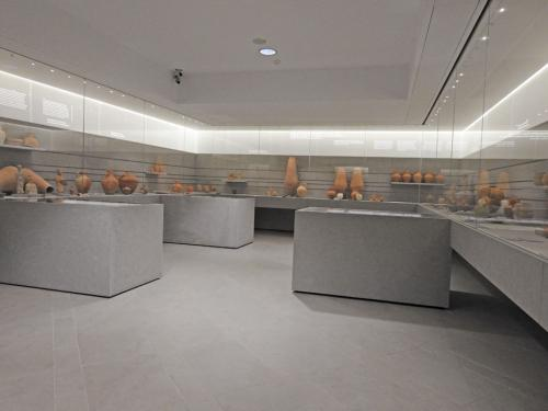 Vista de la sala III, 'El momento de las exequias. Los enterramientos de los púnicos (525-25 a.C)'
