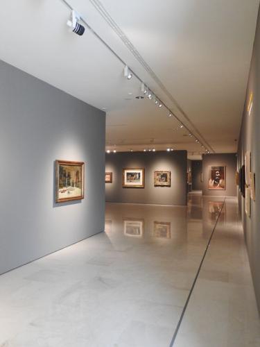 Vista general de las salas de la exposición Fantasía árabe. Pintura orientalista en España (1860-1900)